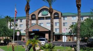 Country-Inn-Suites-Mesa_2